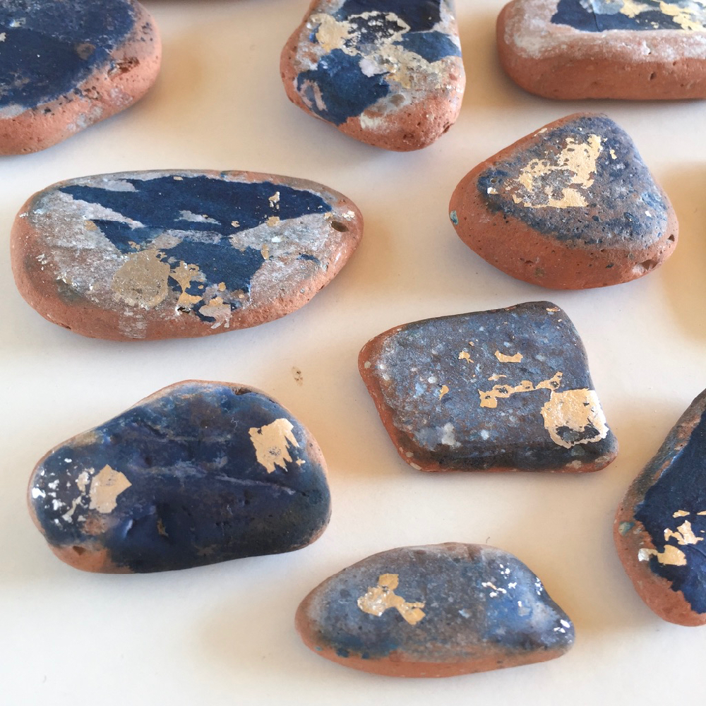 terracotta-pebbles-with-cyanotype